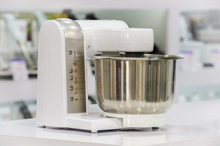 Robot de cocina o procesador de alimento blanco