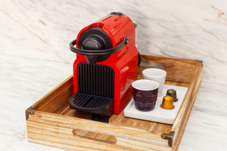 Máquina de café roja
