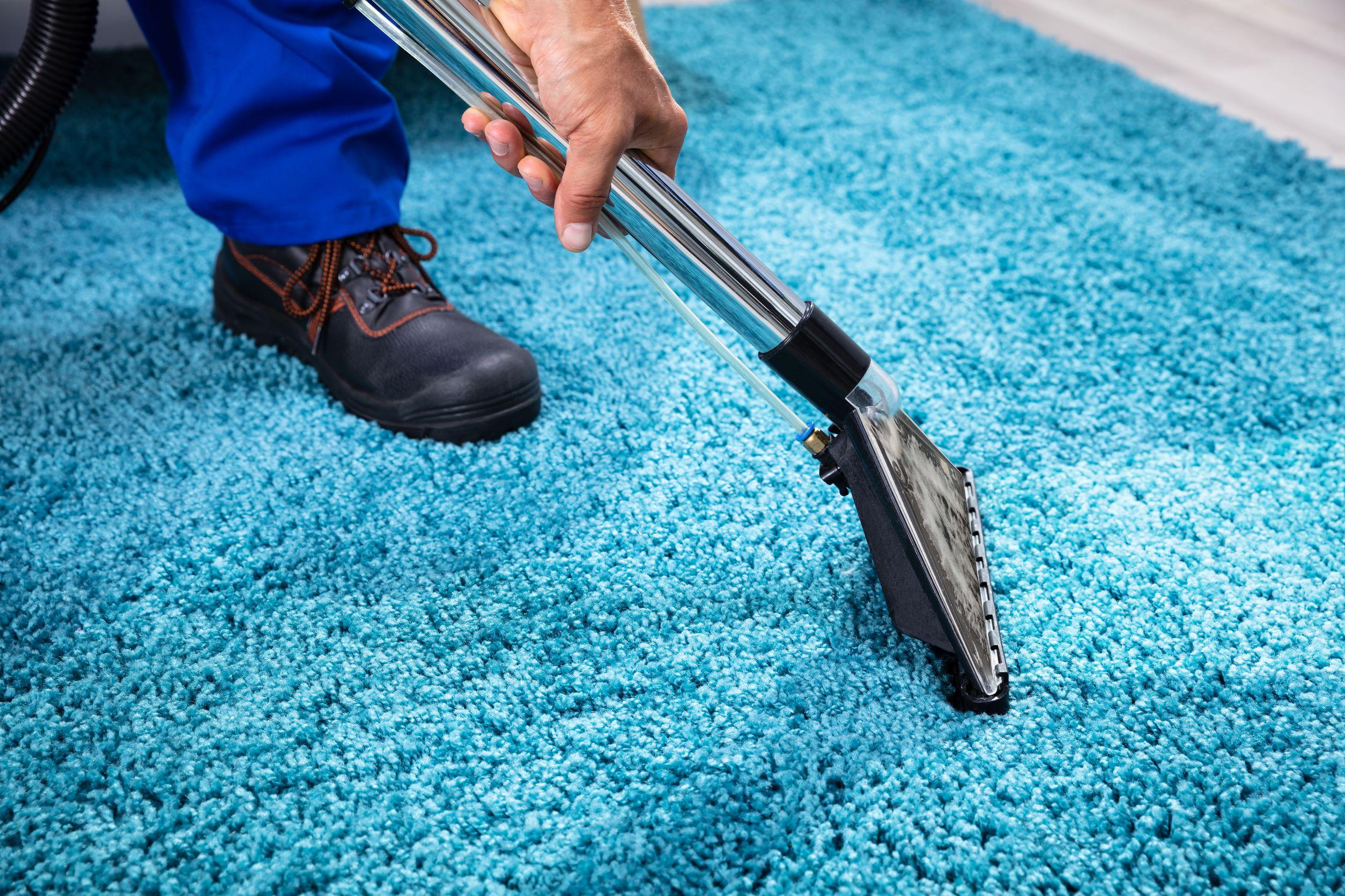 Vaporeta sobre alfombra