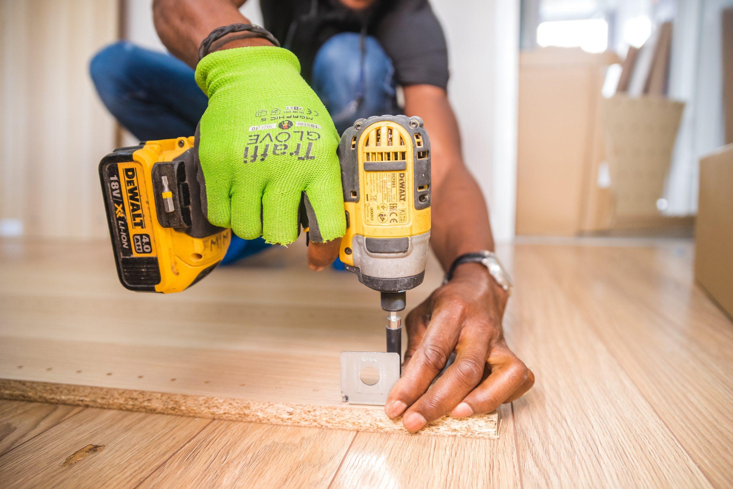 persona en construcción