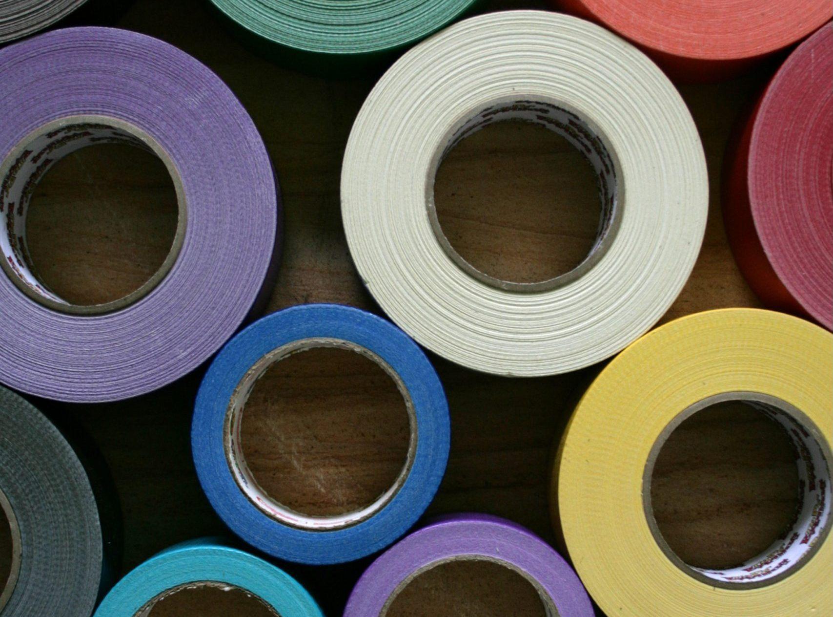 rollos de cinta aislante