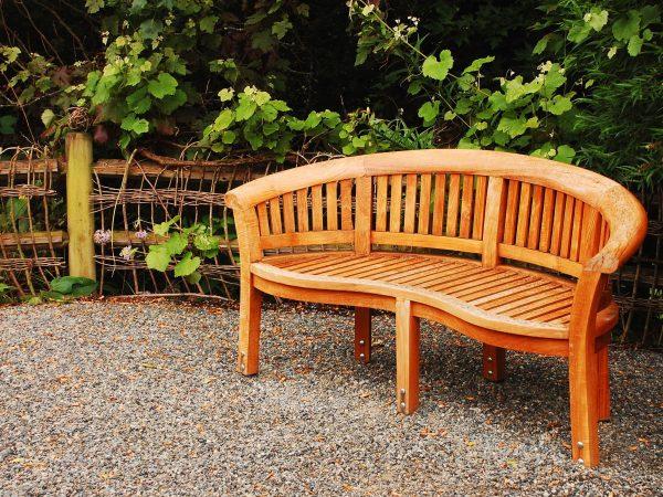 7302525 – wooden garden bench