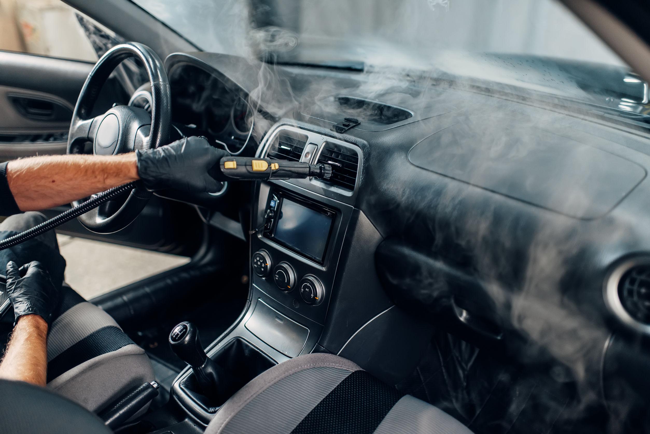limpieza de auto