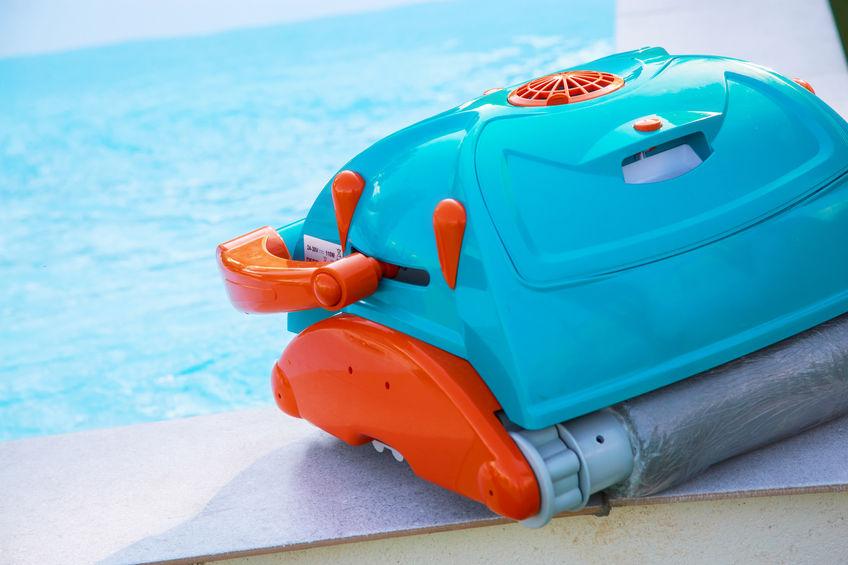 limpia piscina azul