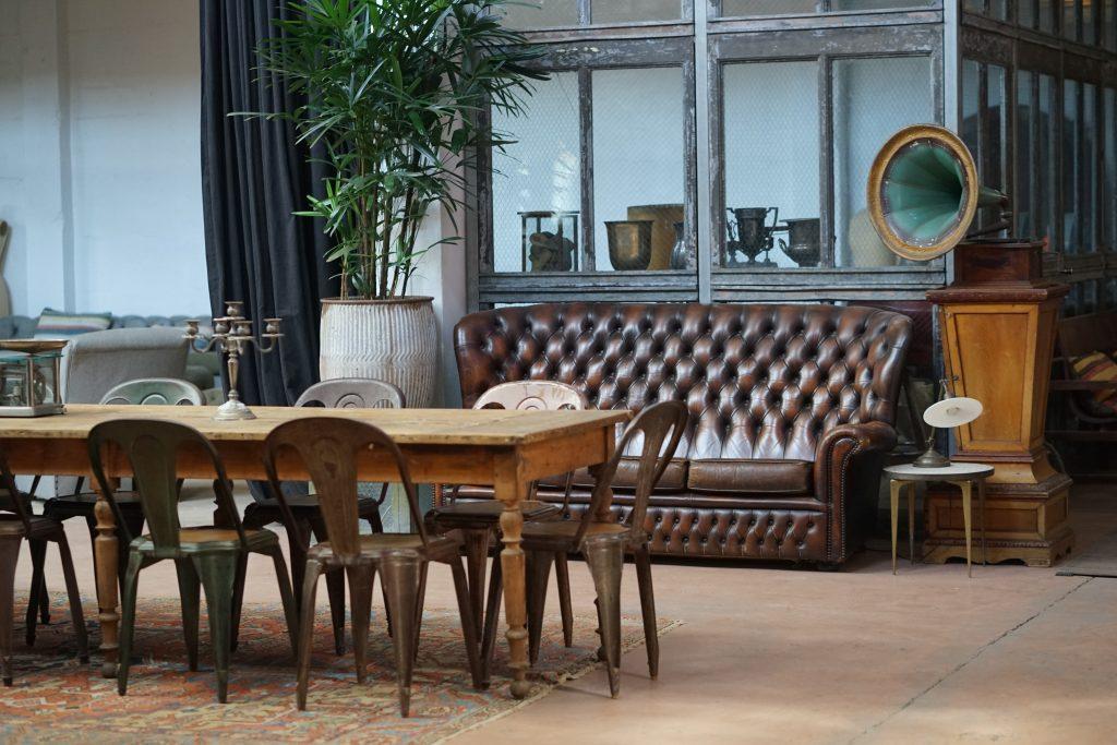 sofa y decoración vintage