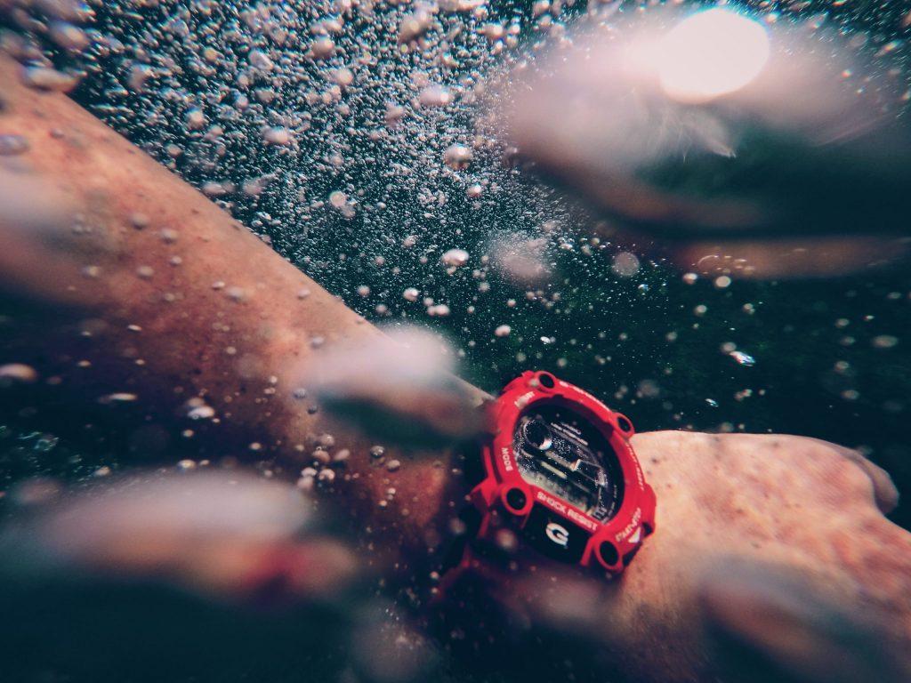 Reloj Casio bajo el agua